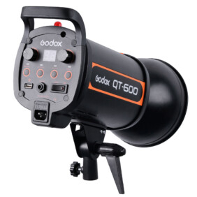 Flash de estudio Flash de estudio Godox QT-600 de 600W