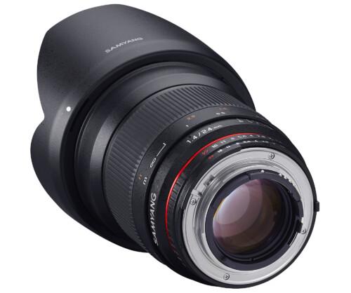 Samyang 24mm F1.4 vista montura y anillo de enfoque