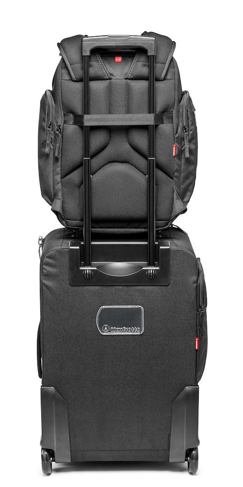 Mochila Manfrotto Professional Backpack modelo 20 sobre trolley con correa a medida