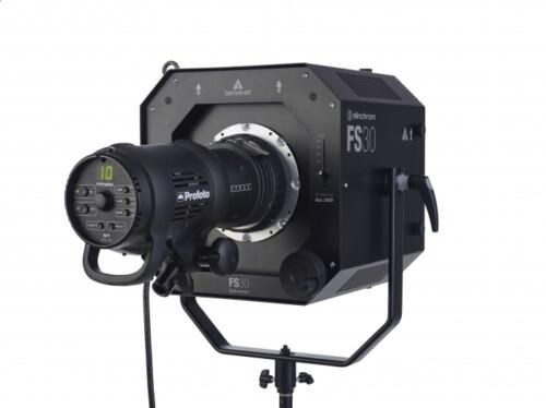 Elinchrom Fresnel Spot FS30 con adaptador y flash Profoto D1