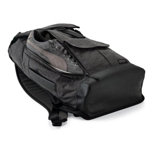 Mochila Lowepro StreetLine BP-250 ejemplo bolsillo trasero