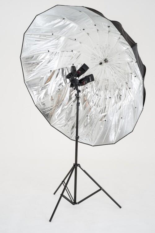 Mega paraguas parabólico Lastolite plateado de 157 centímetros