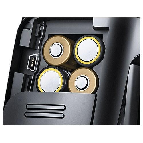 Detalle puerto firmware y alimetnación flash Metz 44 AF-2