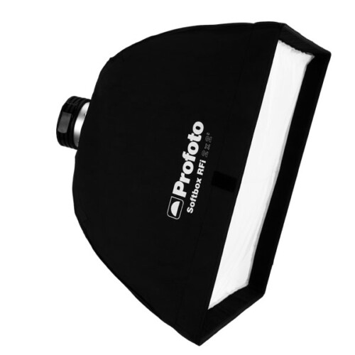 Softbox cuadrado Profoto RFi de 60x60cm para luz simétrica vista diagonal