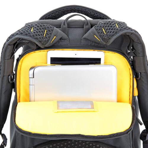 """Bolsillo ordenador 17"""" y tablet"""