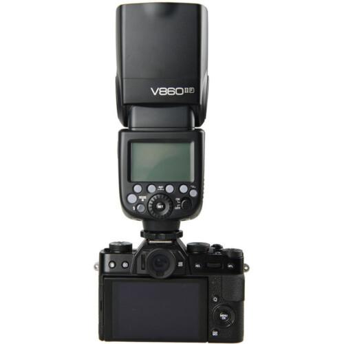 Godox V860IIF montado en Fujifilm X
