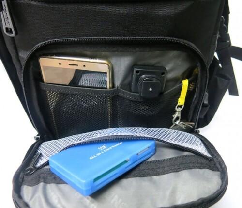 Bolsillos dedicados para accesorios