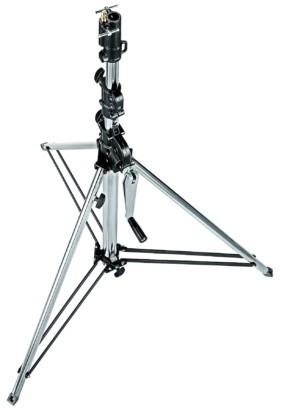 Pie de estudio Manfrotto Wind Up corto 087NWSHB